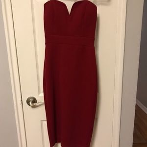 Maroon/red strapless bodycon classy dress!